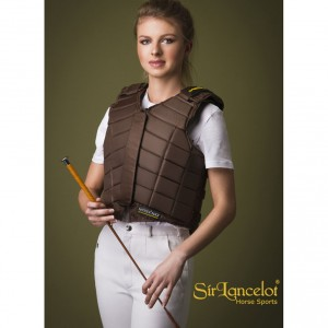 sir-lancelot-bodyprotector-brown-bruin-2016-front